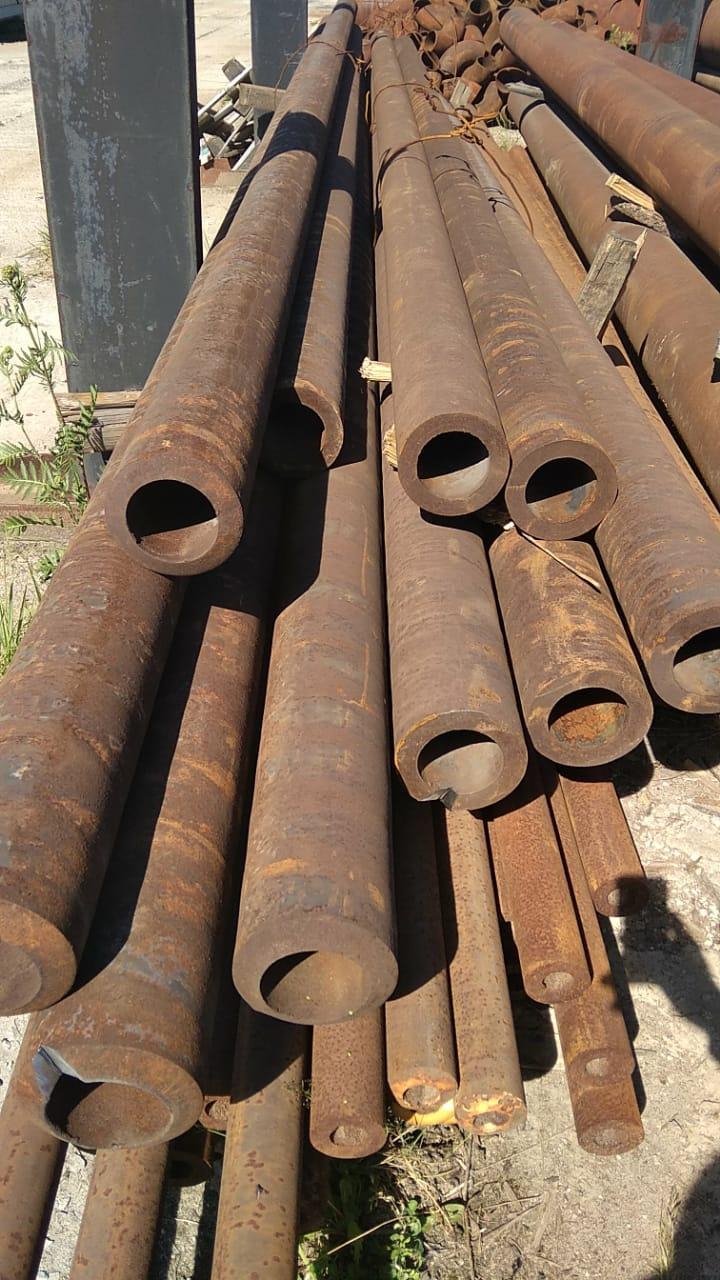 Продам трубу 146х25 толстостенную стальную бесшовную ГОСТ 8732-78 от 1 метра. Трубы черные стальные 146х25 горячедеформированные ГОСТ 8731-74 можно купить со склада от 1 метра.