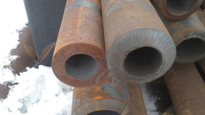 Труба толстостенная 114х25 стальная бесшовная горячекатаная ГОСТ 8732-78 купить в наличии на складе от 1 метра.
